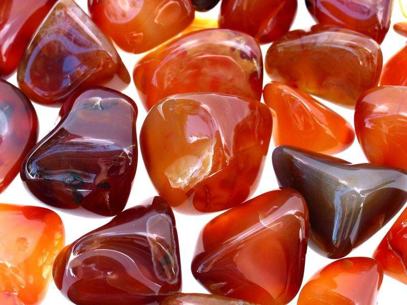 Камень карнелон и его магические свойства